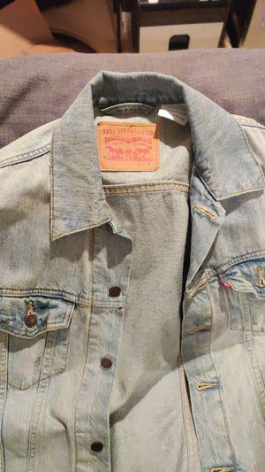 Levi light wash denim jacket for Sale in Manassas, VA