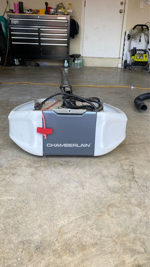 Chamberlain garage door opener for Sale in Miami, FL