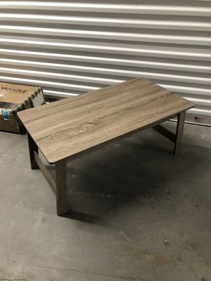 Coffee table 36x19 H15 for Sale in Las Vegas, NV