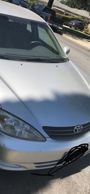 Toyota Camry 2004 LE for Sale in Ontario, CA