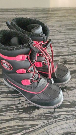 Kids snow boots for Sale in Moreno Valley, CA