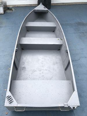 12ft flat bottom jon boat for Sale in Tampa, FL