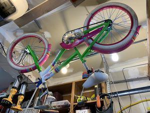 Girls bike for Sale in Bothell, WA