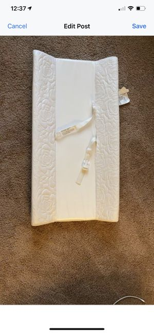 Changing table pad for Sale in McKeesport, PA