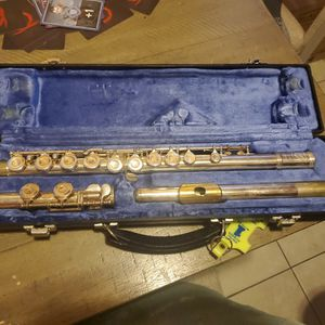 Flute - Gold Mouthpiece, Good Condition, Student Used for Sale in Tacoma, WA