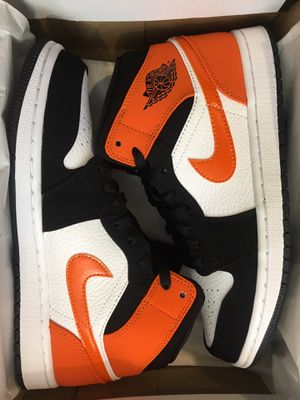 New air Jordan 1 mid shattered backboard shoe men size 7.5, 8 and 8.5 for Sale in West Covina, CA