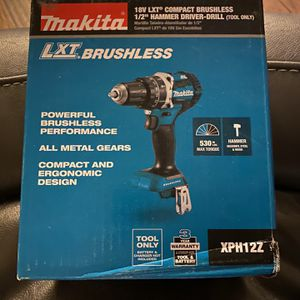 """18 Volt XLT Compact Brushless 1/2"""" Hammer Driver-drill for Sale in Prosser, WA"""