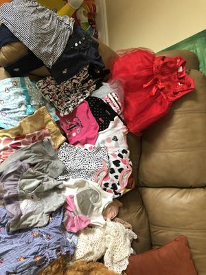 18 piece baby girl cloth size 12 months and Christmas red dress for Sale in Doral, FL