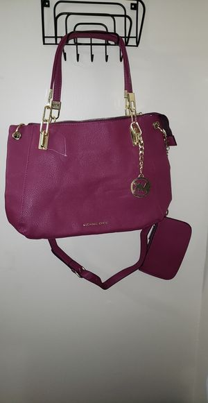 Micheal Kors purse for Sale in Hartford, CT