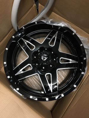 22 inch 5x114.3 and/or 5x127 wheels for Sale in La Habra, CA