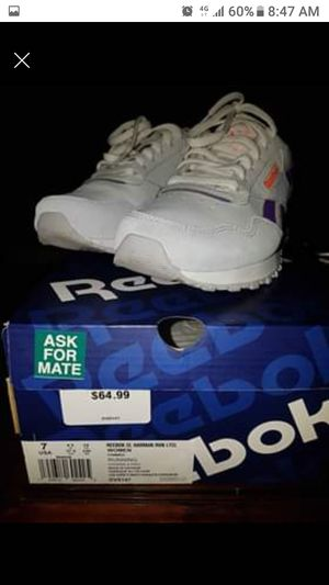 Womens Reebok tennis shoes for Sale in St. Louis, MO