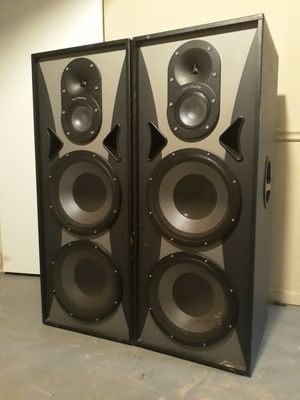 Double 15 3-way speakers for Sale in Snellville, GA