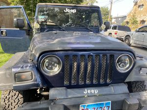 Got this Jeep for parts for Sale in Chicago, IL