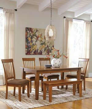 Behringer rustic Brown 6-piece rectangular DRM table for uph side chairs and large bench for Sale in Orlando, FL