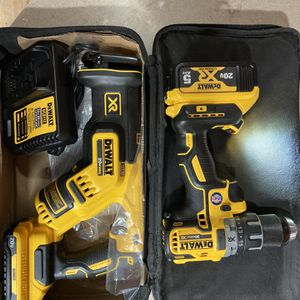 Dewalt 20volt Max Compact Sawsaw Kit And Drill/driver Xr Kit. Brand New! for Sale in Philadelphia, PA
