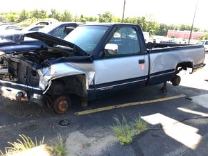 1994 gmc parts pickup truck for Sale in Shrewsbury, NJ