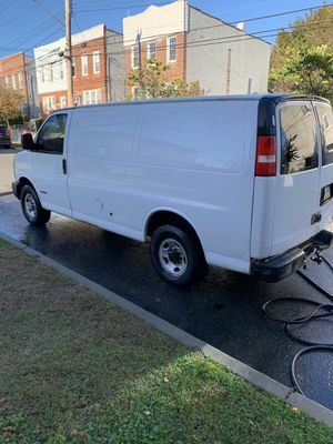 Chevy Express 3500 for Sale in The Bronx, NY