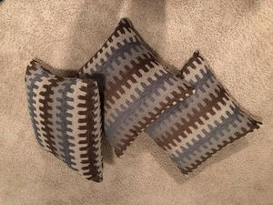 Couch Pillows x3 for Sale in West Seneca, NY