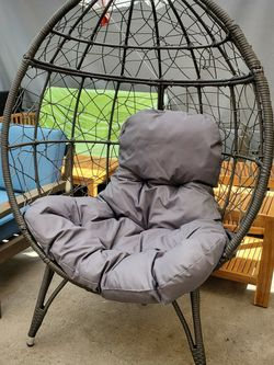Wicker Egg chair for Sale in Fontana,  CA