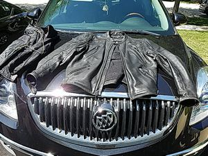 Black XPERT Performance Gear Motorcycle Jacket with Thinsulate nap button insert. Leather Jacket has numerous wind pockets. Size XXL for Sale in Aurora, IL