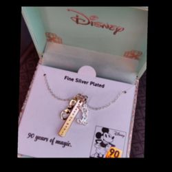 Disney Charm Neclace for Sale in Tampa,  FL