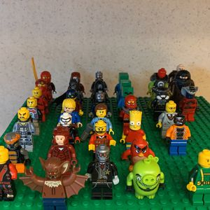 Assorted Lego Minifigures for Sale in Huntington Beach, CA
