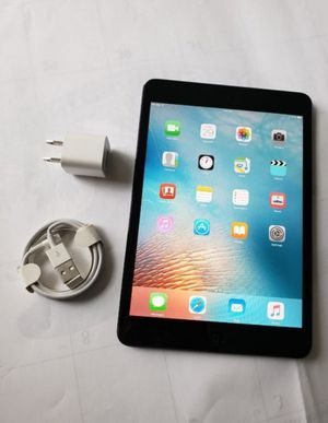 Apple iPad MiNi 1, ,wi-fi + SIM ( 16GB ) Usable for Any SIM Any carrier Any country for Sale in Fort Belvoir, VA