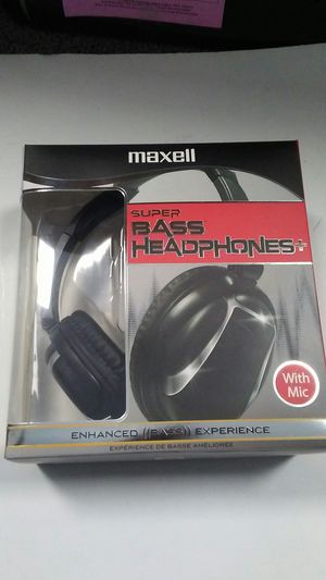 Bass headphone with mic for Sale in Lincolnia, VA