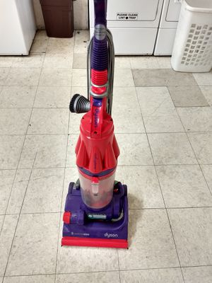 Dyson vacuum for Sale in La Habra Heights, CA