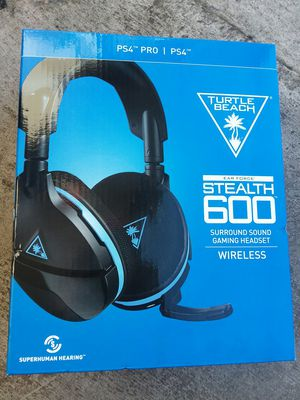 Turtle beach wireless headset ps4 for Sale in Fresno, CA