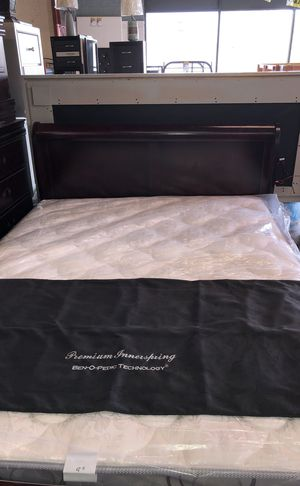 Queen bed room sets black or cherry for Sale in Baltimore, MD