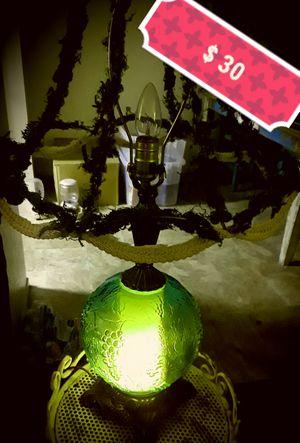 UNIQUE VINTAGE LAMP for Sale in Clovis, CA