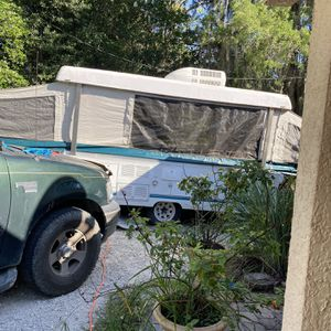 1997 power lift Colman pop-up camper (today only..) for Sale in Orlando, FL