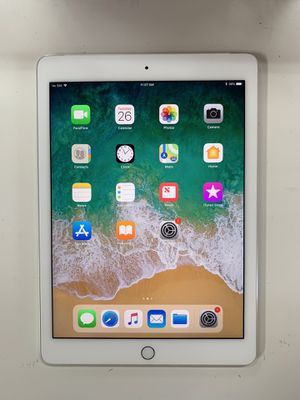 Ipad Air 2nd gen 9.7 inch 16GB wifi + 4G Cellular unlocked (available: grey & silver color) - $200 each, firm price for Sale in Renton, WA