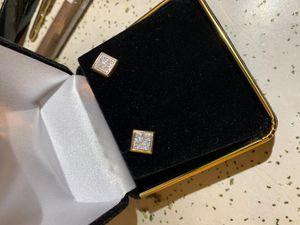 10k gold Diamond earrings for Sale in Bellflower, CA