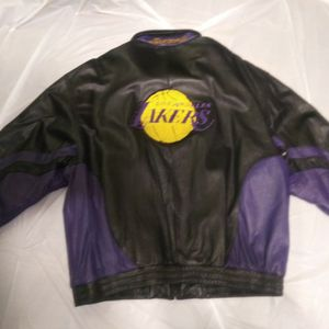 Wilson's Official NBA Leather Jacket, Black And Purple, Size XXL for Sale in Detroit, MI