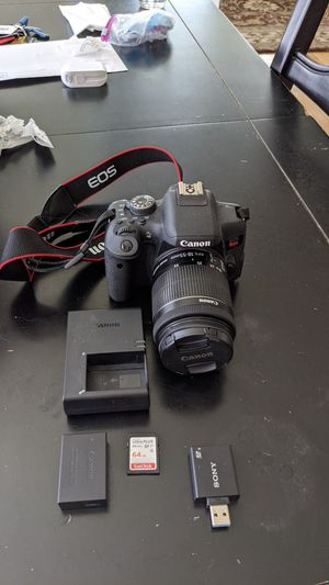 Canon Rebel T6i with 18-55 mm lens + more for Sale in Tacoma, WA