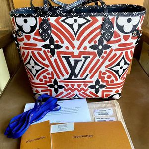 Louis Vuitton Crafty Neverfull MM for Sale in Bothell, WA