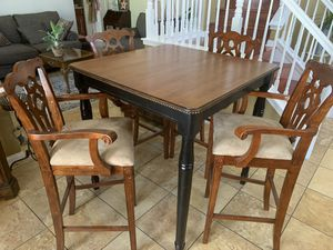 High kitchen top table with 4 high chairs for Sale in Rancho Cucamonga, CA