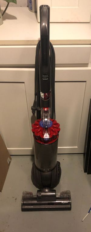 Dyson DC40 Vacuum for Sale in Lakewood, CO