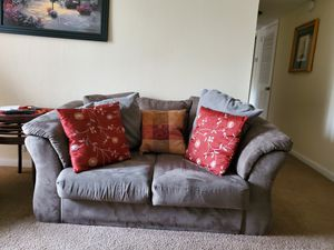 Loveseat. for Sale in Hermitage, TN