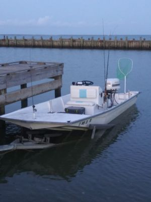 17ft proglass center console for Sale in Pasadena, TX