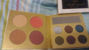 Eye shadow and face pallet by PUR cosmetics for Sale in Kent, WA