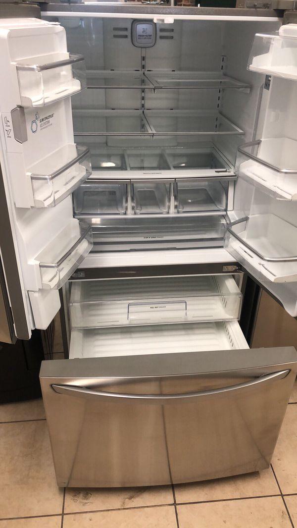 Refrigerator French door fridge