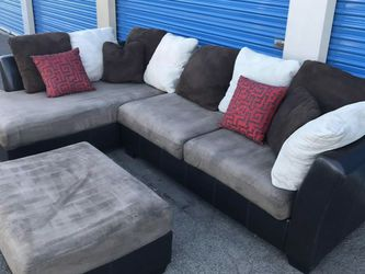 Comfortable Sectional Couch Brown With Ottoman, Includes Pillows for Sale in Glendale,  AZ