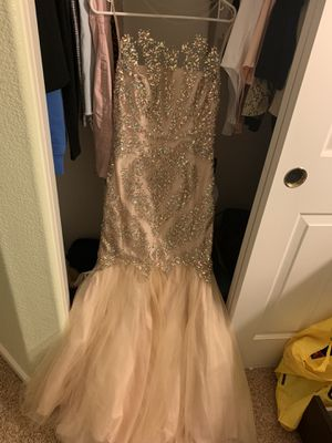 Sparkly mermaid couture gown - size 8 for Sale in Hayward, CA