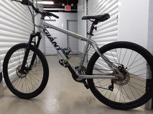 Giants bike m for Sale in Berwyn Heights, MD