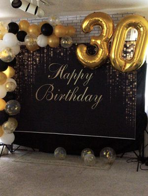 Gold and black backdrop with free 3 and 0 balloons for Sale in Renton, WA