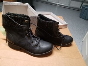 New Size 3 girls black boots for Sale in Orlando, FL