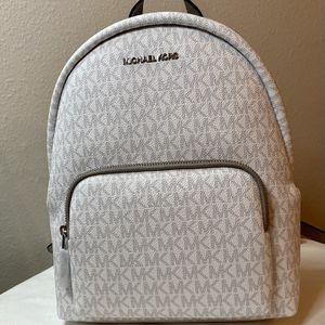 NWT! Michael Kors Erin Backpack for Sale in Covington, LA